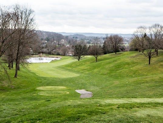 -02-Denison-Golf-Club.JPG