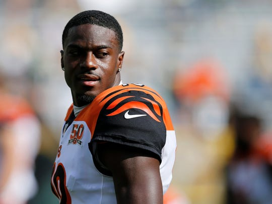 Cincinnati Bengals wide receiver A.J. Green (18) warms up before the first quarter of the NFL Week 3 game between the Green Bay Packers and the Cincinnati Bengals at Lambeau Field in Green Bay on on Sunday, Sept. 24, 2017.