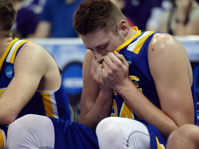 March Sadness: The agony of defeat in the NCAA tournament