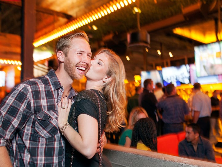 Scottsdale, Ariz., offers travelers an active bar and