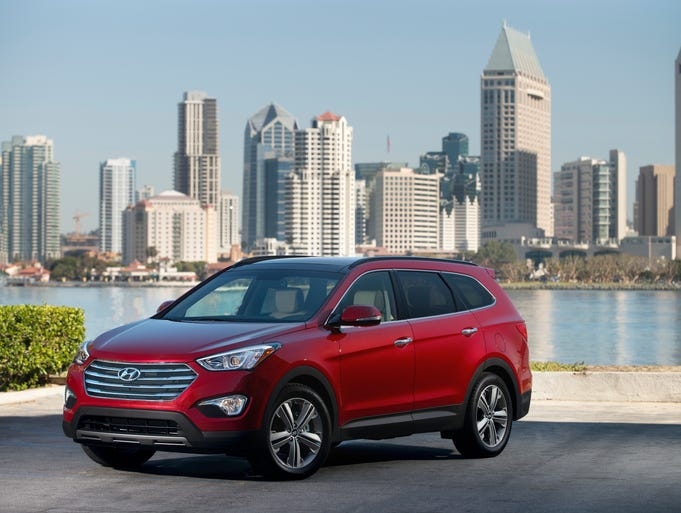 The 2013 Santa Fe LWB, a three-row, six- or seven-passenger crossover SUV, replaces the old Hyundai Vera Cruz. That one was as nice as a Lexus RX, but never caught on.