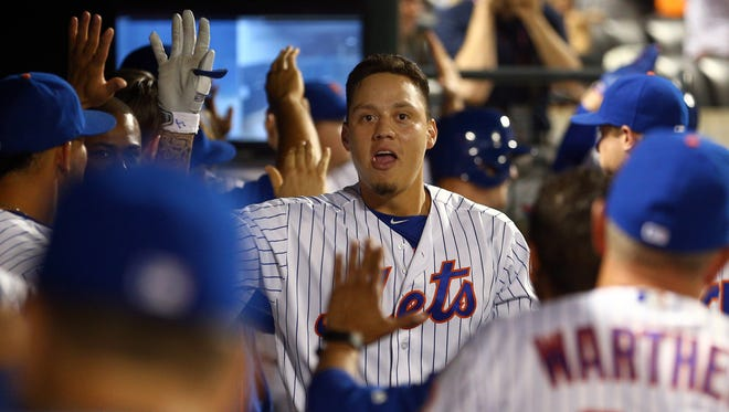 Wilmer Flores can't quite crack the Mets' everyday lineup, but still has moments of glory, like a recent six-hit gagme.