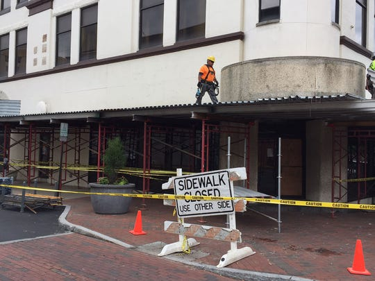 The former Kennedy Fried Chicken site at the corner of 7th and Market streets undergoes renovation.
