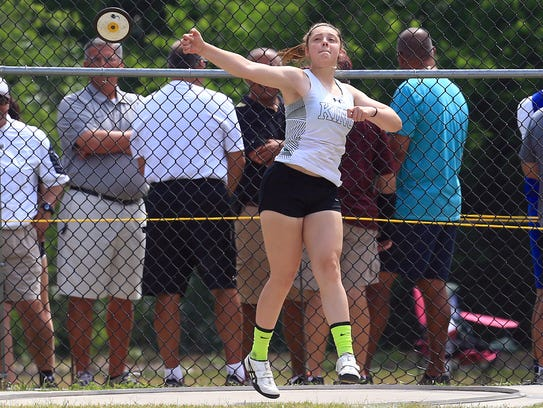 King's Mikayla Dockweiler-Canada throws the discus