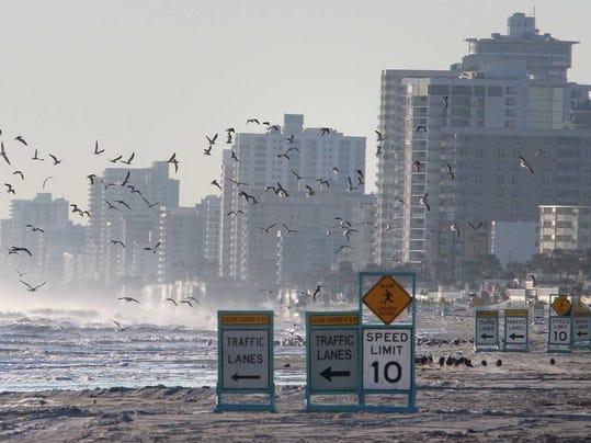 Daytona_beach.jpg