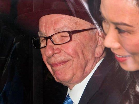 -STGBrd_07-07-2012_DailyNews_1_A003~~2012~07~06~IMG_Murdoch_Politics_2_1_661.jpg