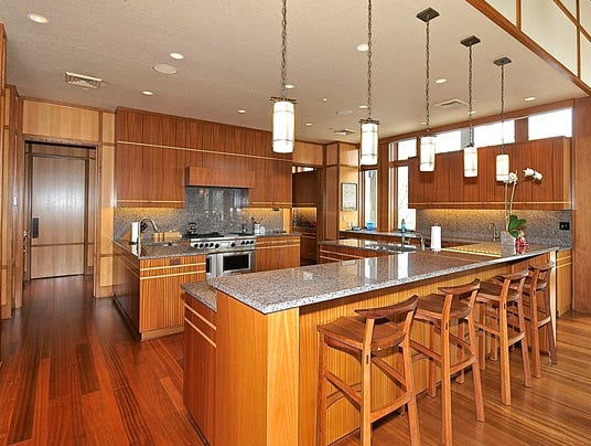 Hot property former lilly exec 39 s 6 5m estate for Lilly s craft kitchen
