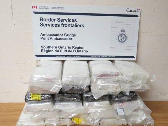 636422058519864102-suspectedcocaine.jpg