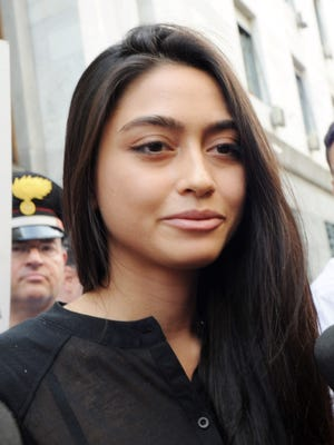 Ambra Battilana Gutierrez, an Italian model, can be heard being pressured by Weinstein in audiotapes from a New York Police Department sting in 2015. In the tapes, he seemingly admits to groping the model on the previous day. Weinstein reaches a settlement with Gutierrez, according to theTimes.