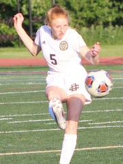 DCD defender Olivia Sappington makes a play upfield