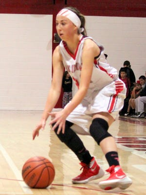 Cobre's Angelina Bencomo paced her squad with 12 points in Tuesday night's win over Chaparral at home.