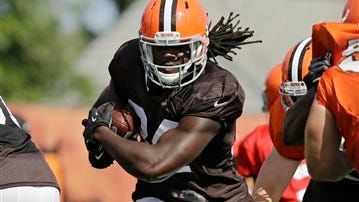 Isaiah Crowell rushed for 102 yards and a touchdown in Cleveland's final preseason game Thursday night.