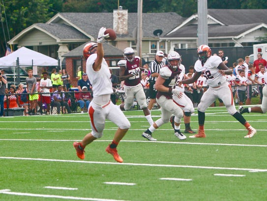 Greenback High School's #1 Kaleb Russell makes a one