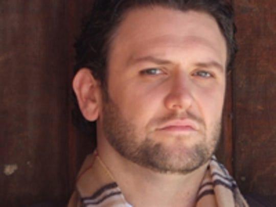 Tenor James Flora