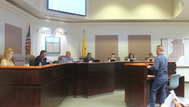 City Commission discussed making their own amendments to the Uniform Traffic Ordinance on Tuesday night.