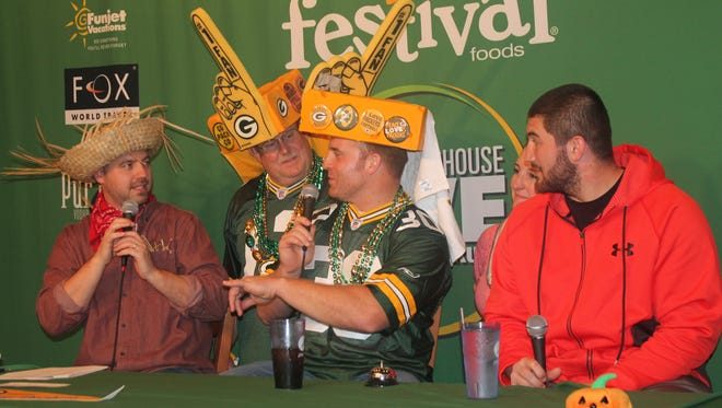 Clubhouse Live with John Kuhn featured mystery guest J.C. Tretter, as well as co-hosts Brett Christopherson and Ricardo Arguello.