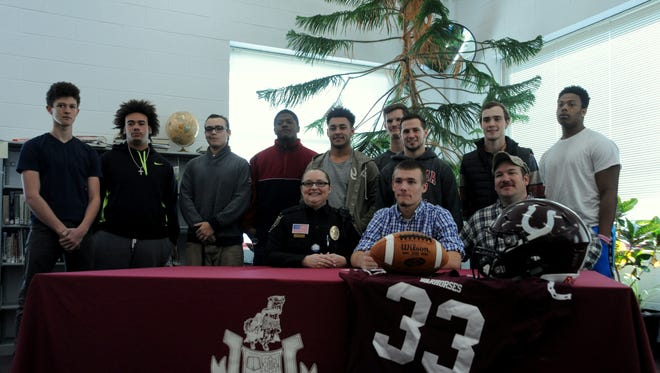 Owen senior Tyler Sexton has signed to play college football for Mars Hill.