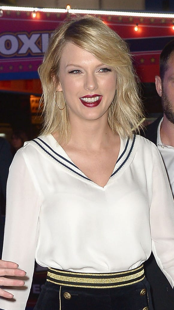 Twitter celebrated Taylor Swift's victory in court.