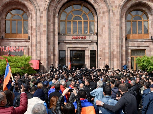 TOPSHOT-ARMENIA-POLITICS-OPPOSITION-PROTEST-MEET