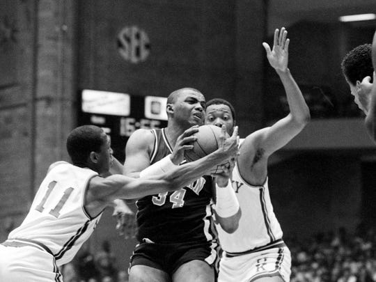 Charles Barkley 4 Facts About The Former Auburn Basketball