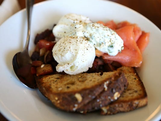 635812145682600746-EDIT-20MB-20Haskett-20Red-20Flannel-20Hash-20with-20potatoes-20beets-20salmon-20poached-20egg