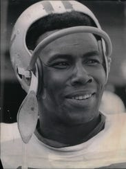 Detroit Lions cornerback Lem Barney.