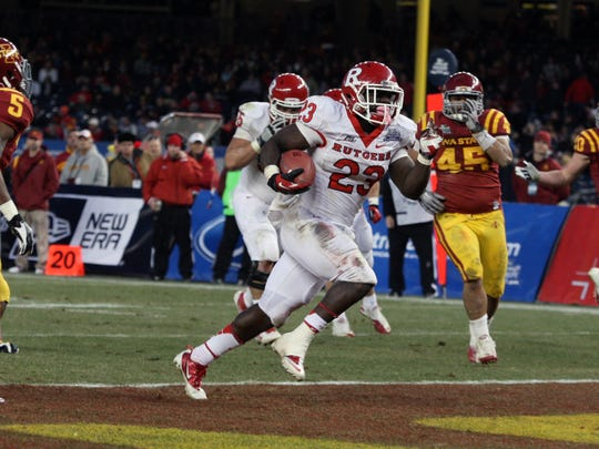 Rutgers running back Jawan Jamison scored a touchdown in the 2011 Pinstripe Bowl.