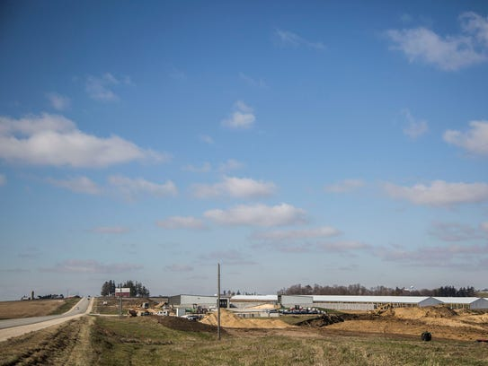 Construction is underway on a 10,000-head cattle feedlot