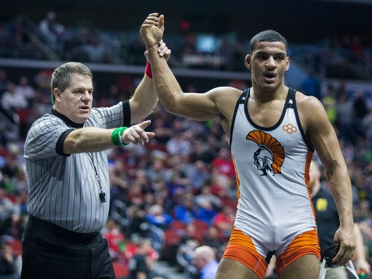 Waterloo East's Tyrell Gordon wins his match against