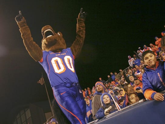 Navey Baker plans to try out to be Boise State Broncos