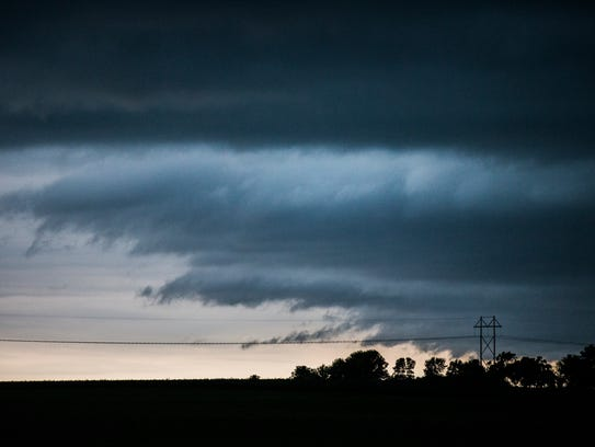 Strong storms move through central Iowa on Thursday