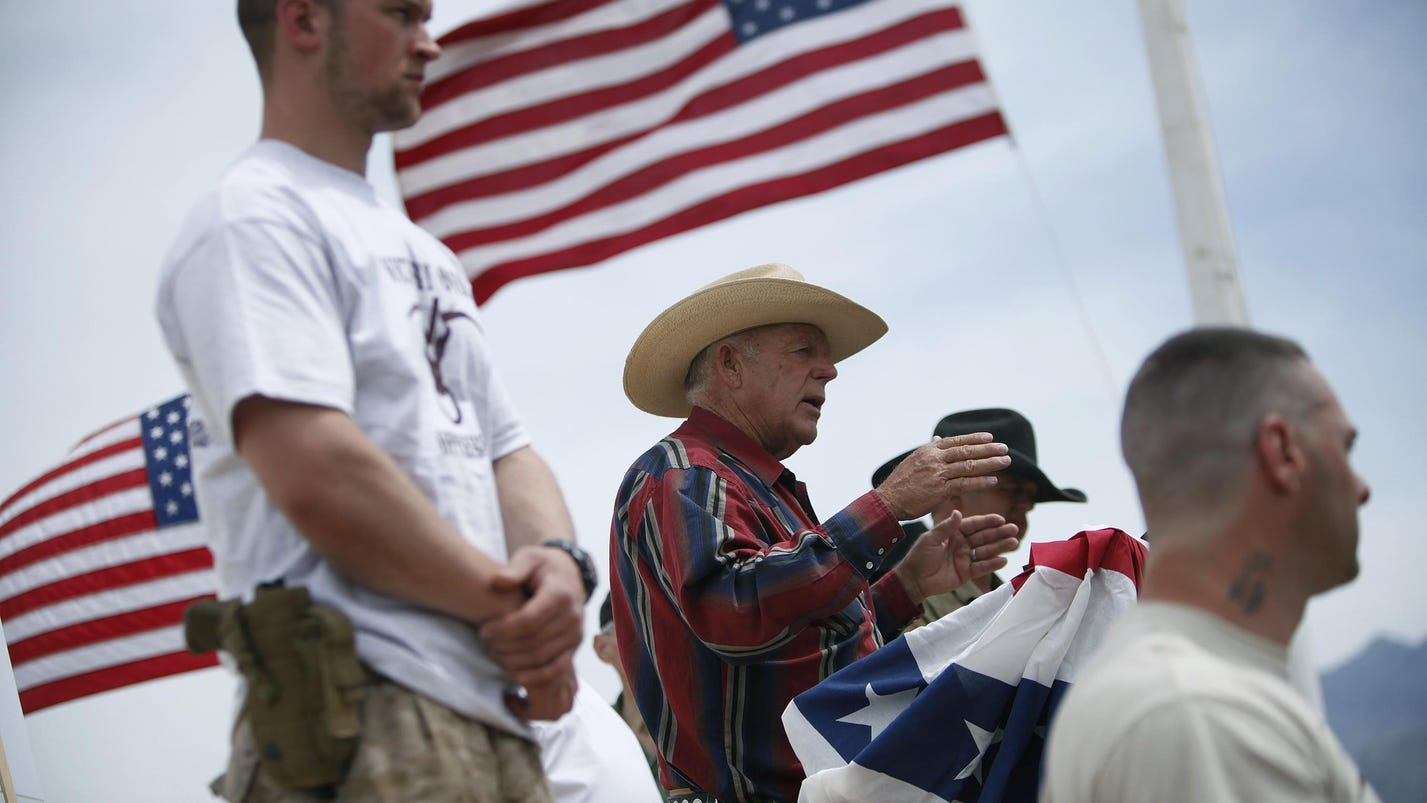 Judge rules to dismiss standoff case against Bundy