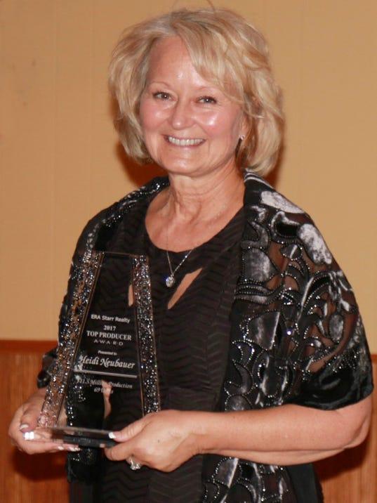636536883900380165-Heidi-Neubauer-Award.jpg