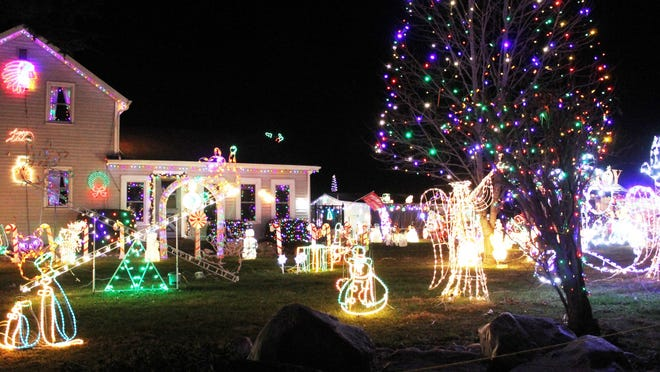 """Ron and Chickie Morrris' """"Festival of Lights"""" at 878 N. Snow Prairie Road is a bright spot in Branch County."""
