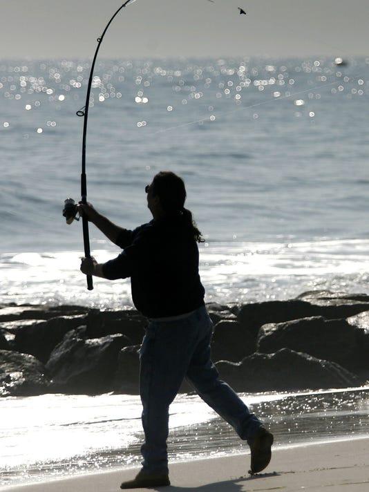 -ASBTab_09-02-2011_Island_1_A020~~2011~09~01~IMG_surf_fish.jpg_2_1_ERACAGF~I.jpg