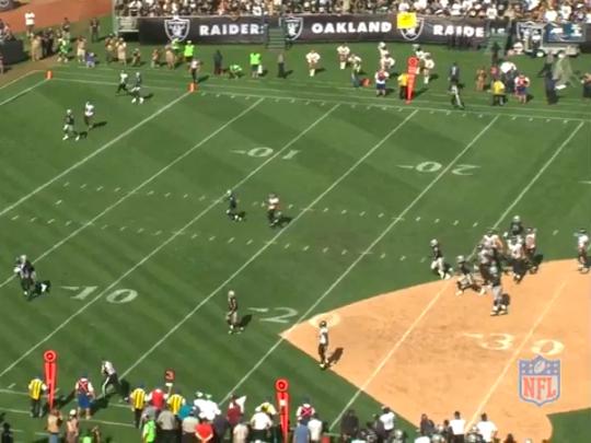 Ravens vs Raiders. Play 3.3