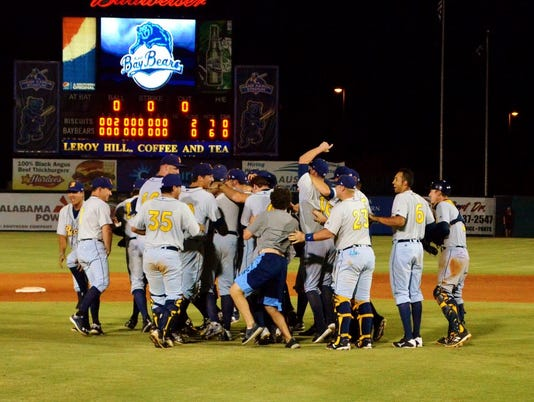 biscuits vs baybears aug 31 695[6]