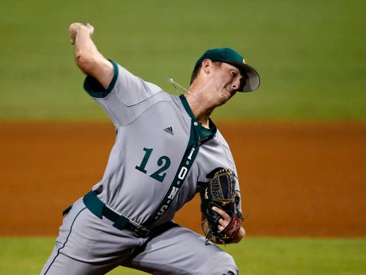 Southeastern Louisiana pitcher Mac Sceroler (12) throws in the first inning of an NCAA college baseball tournament regional game against LSU in Baton Rouge, La., Saturday, June 3, 2017. (AP Photo/Gerald Herbert)