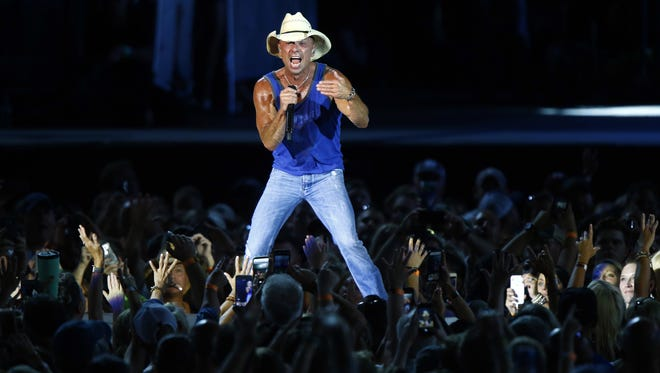 Kenny Chesney: Entertainer of the Year nominee