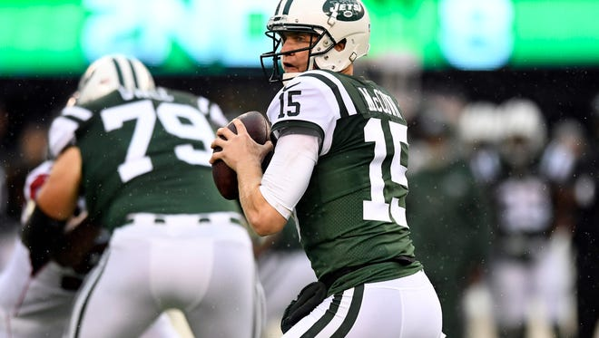 New York Jets quarterback Josh McCown (15) in the first half. The New York Jets lead the Atlanta Falcons 17-13 at the half on Sunday, October 29, 2017 in East Rutherford, NJ.