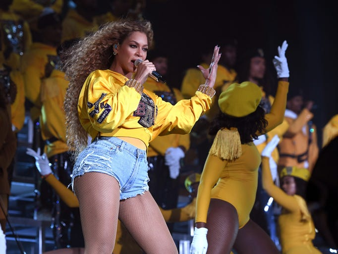 Who wears short shorts? Beyonce, of course.