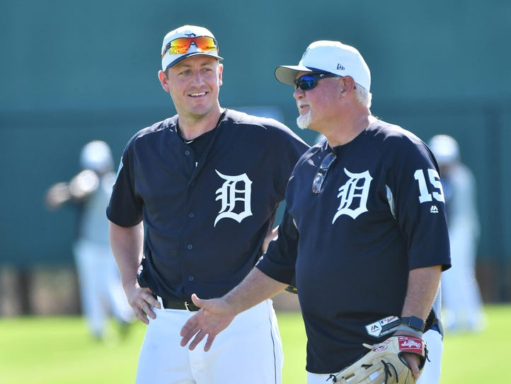 Tigers manager Ron Gardenhire, right, is going with