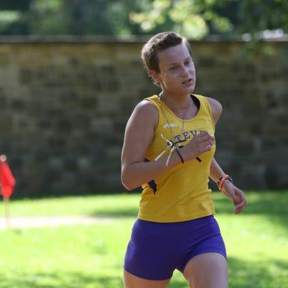 UW-Stevens Point freshman cross country runner Kalena