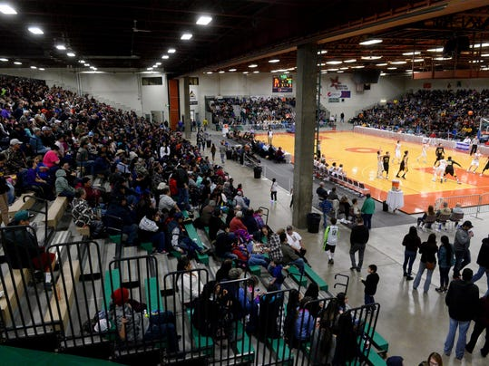 -02252017_northern c crowd-b.jpg_20170225.jpg