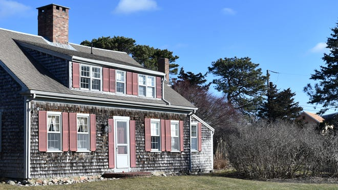 The Nickerson homestead on Shell Drive in North Chatham, believed to be the town's oldest home, has been donated to the Nickerson Family Association to be preserved for future public use.