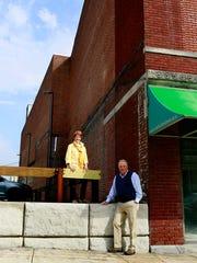 Scott Thompson, right, and his wife, Sandra Graham,