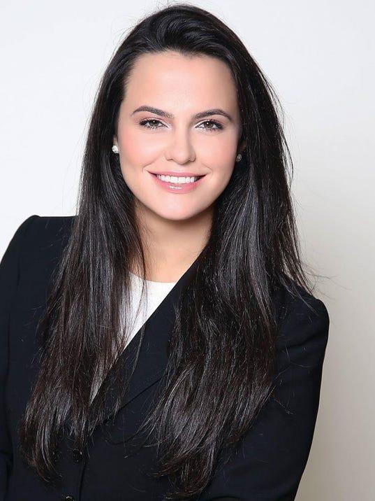 Suzanna Shkreli Headshot