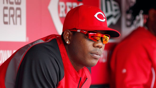 Aroldis Chapman threw 25 pitches in the Reds' bullpen before Monday's game with the Pirates and reported no problems.
