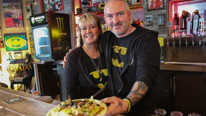 Kari and Donovan Wallace have launched comedy and trivia nights at Heroes Taphouse in South Salem.