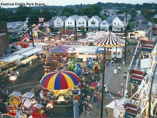 Acorn Plaza Kiddie Park in 2000.